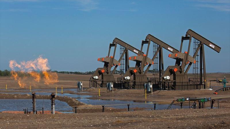 原油価格市場
